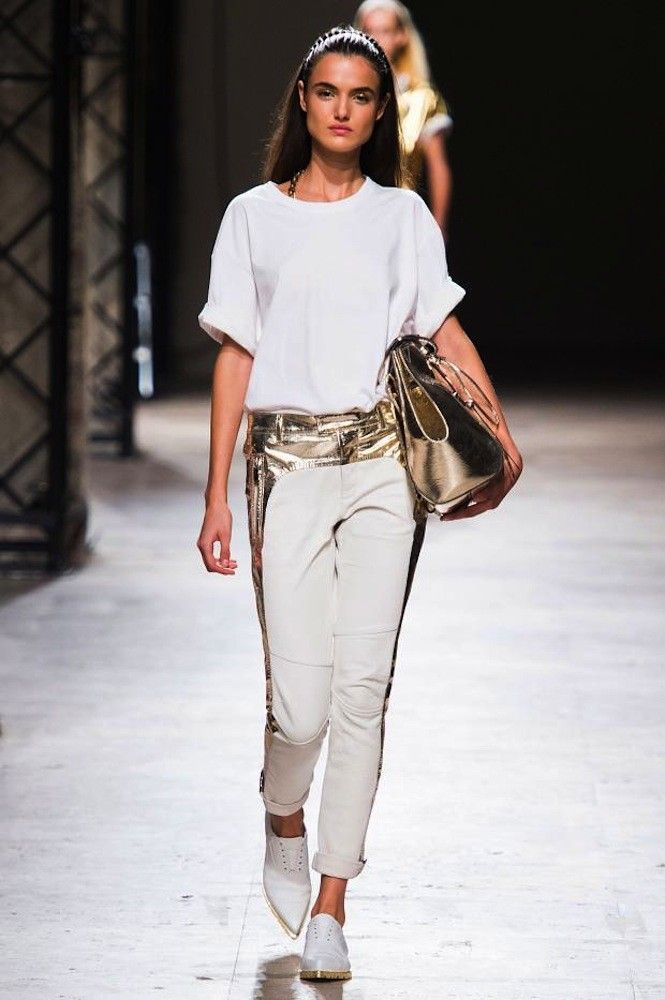 Blanca Padilla La Modelo Espanola Del Momento Paris Fashion Week Fashion Fashion Week