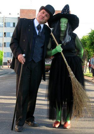 Wizard of Oz Halloween Costume Ideas for Adults