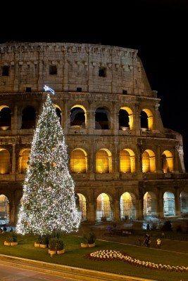 Albero Di Natale Roma 2019.Stock Photo Nel 2019 Christmas All Over The World Alberi Di