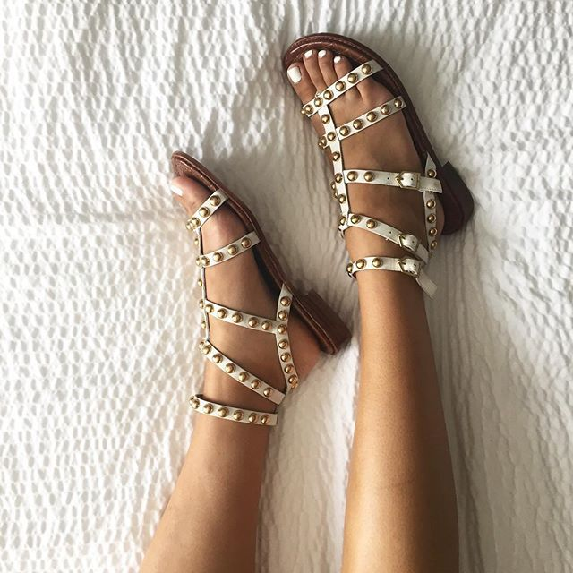 River Island Size 6 brown Knee High Gladiator Sandals with tassels