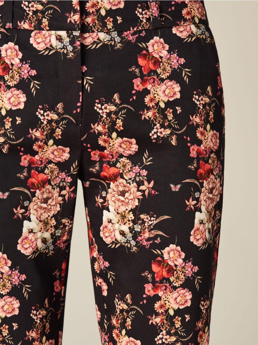 Spodnie W Kwiaty Wielobarwny Ub382 Mlc Mohito 3 Trousers Women Trousers Womens Shorts
