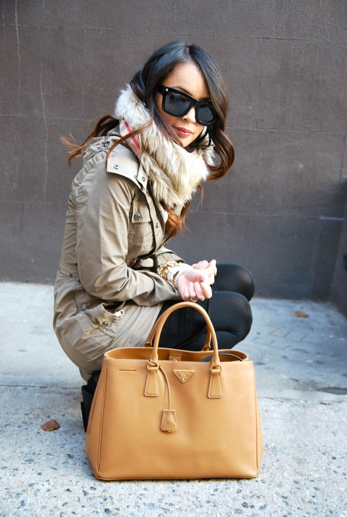 cold weather styles - a nice tote bag can bring a whole 'look' together  www.lizhickeystyle.ie