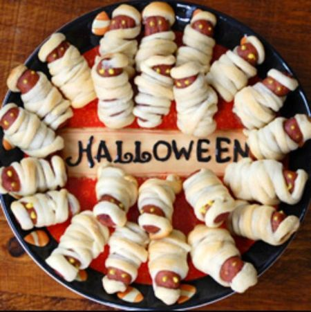 Pigs in a blanket halloween party food see more halloween for Children s halloween party food ideas