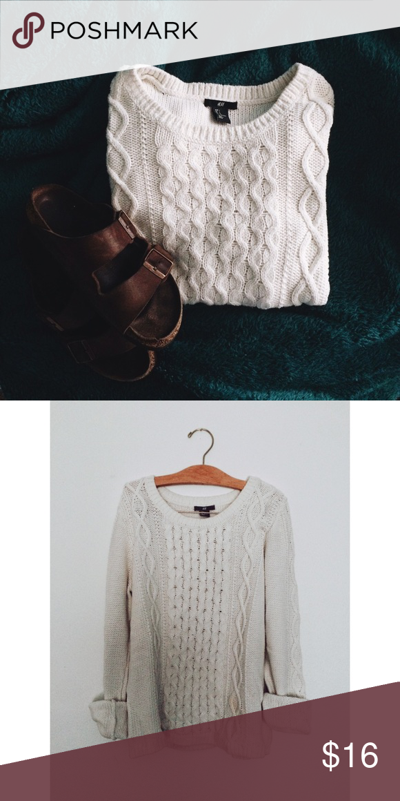 Like New Chunky Sweater❤️ This is your perfect fall / winter sweater. Very lightly used, only worn a couple times! It is more white than it is cream, so it's a little starker / more minimalistic style. The tag says large, but it would definitely fit a small or medium better. Don't hesitate to ask questions or make me an offer! :) H&M Sweaters