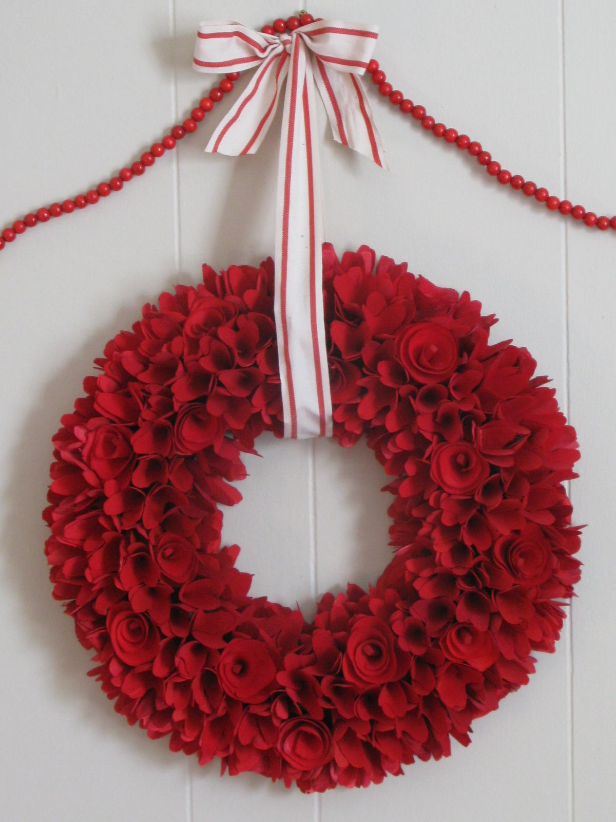 Red curled wood wreath. Wood wreath, 4th of july wreath