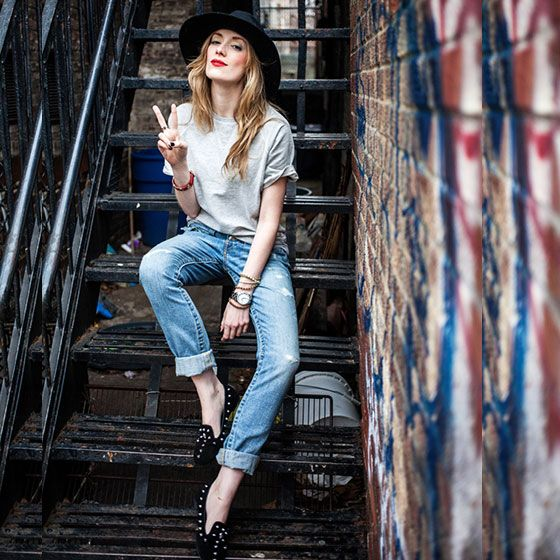 #stealthelook #look #looks #streetstyle #streetchic #moda #fashion #style #estilo #inspiration #calça #boyfriend #chapeu #slipper #tshirt #tee