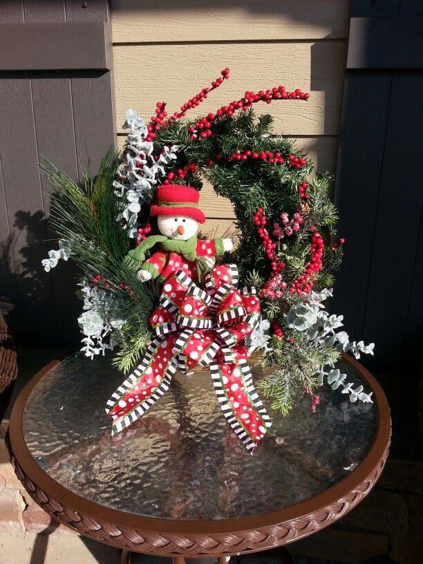 WinterChristmas small table decor with 18 wreath