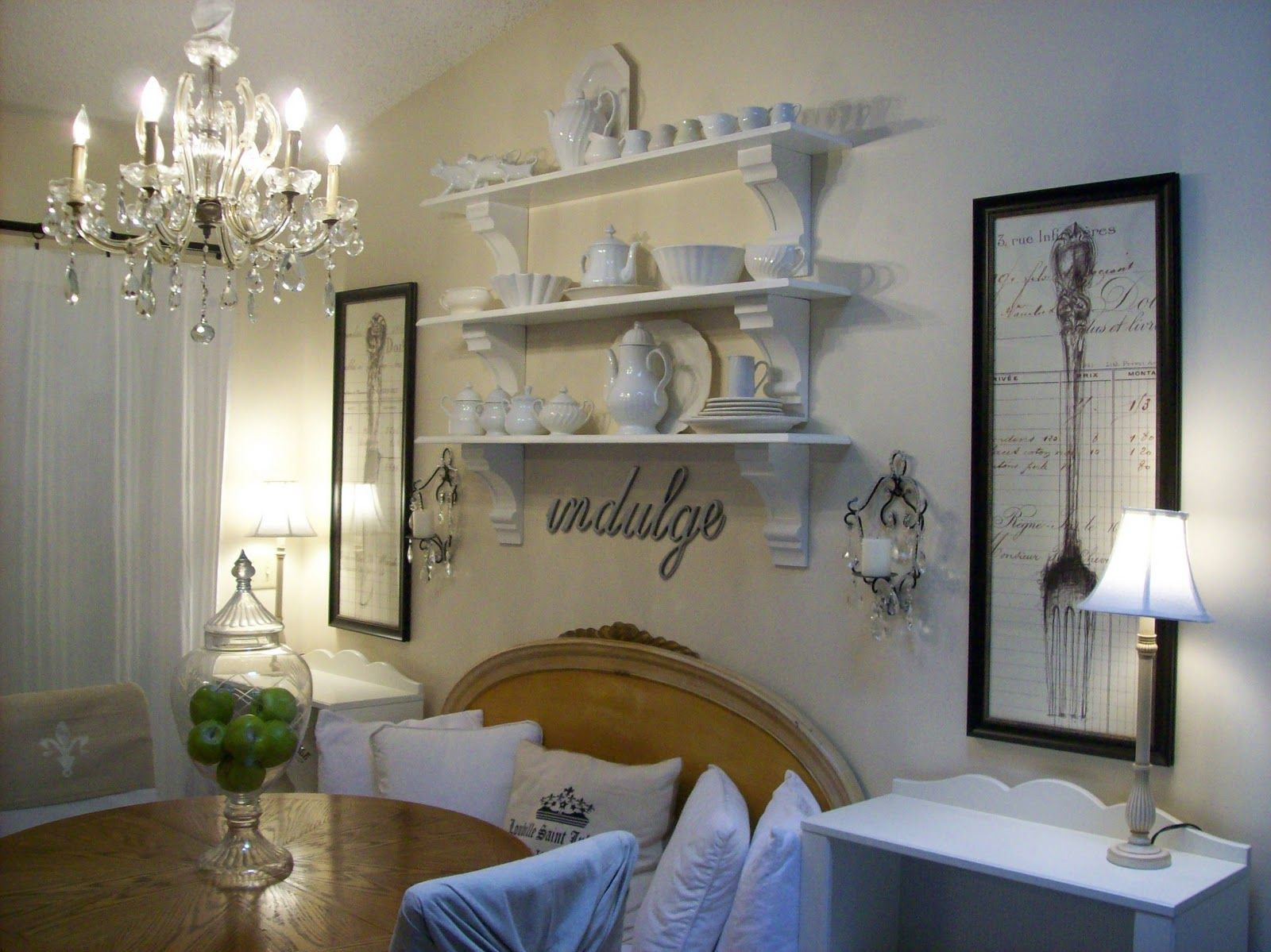 Glitter sparkle luxe dining room walls with glass and stained wood