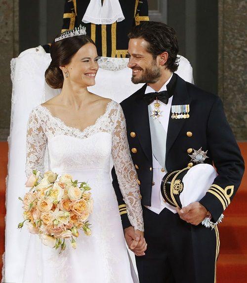 Prince Carl Philip And Princess Sofia Married Swedish Royal Wedding Stuns See The Captivating Couple Here Photos Mariage Royal Mariage Princesse Sofia