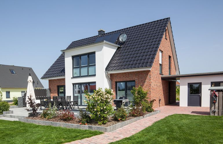 Das Energie-Plus-Haus in Wuppertal von Fingerhut Haus Haus \ Bau