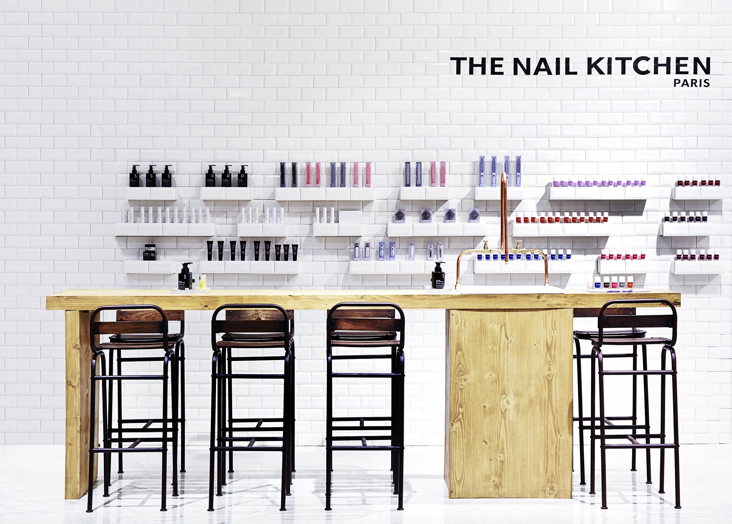 Salon furniture auckland at beauty bazaar - The Nail Kitchen Paris Eluxe Magazine Pinterest Magazines Kitchens And Salons