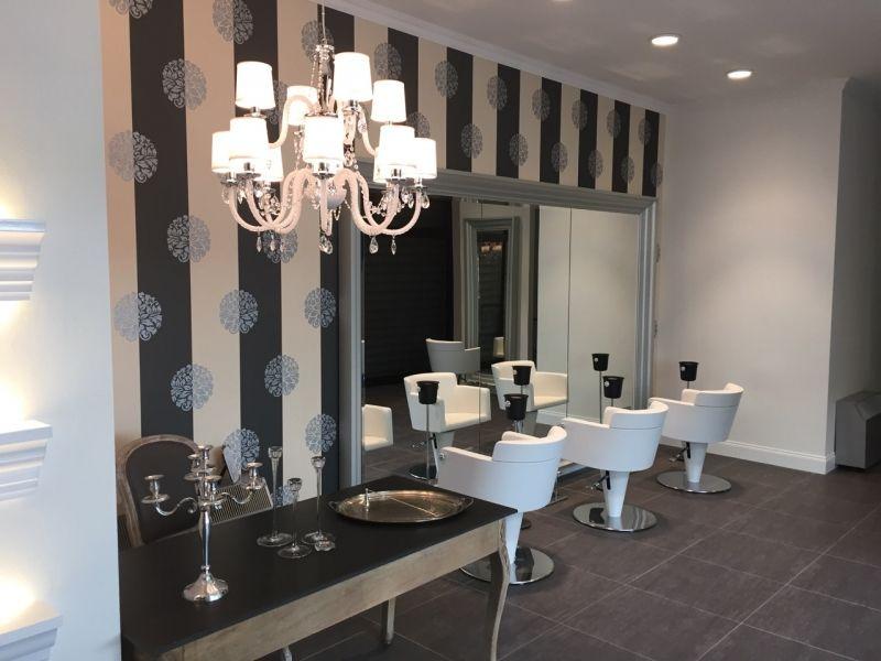 Mobiliario de peluquria y salones de belleza gamma for Oficina 9646