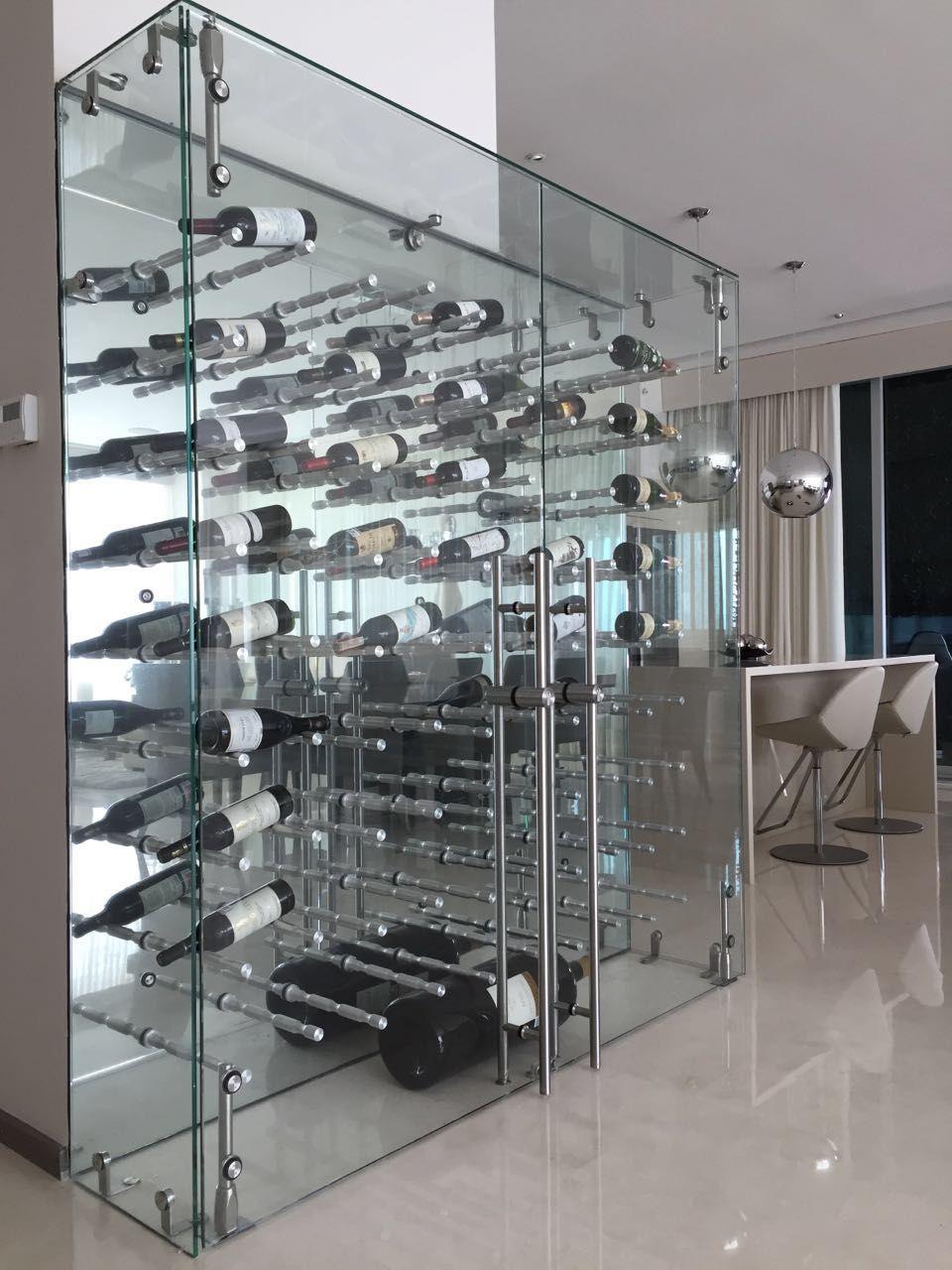 resultado de imagen para mueble exhibidor de vinos vidrio