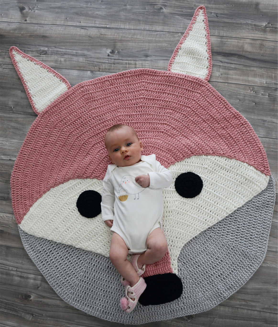 Handmade Crochet Rug Pink Rug Pink Carpet Nursery: Would Andrew Allow This Haha? Available In