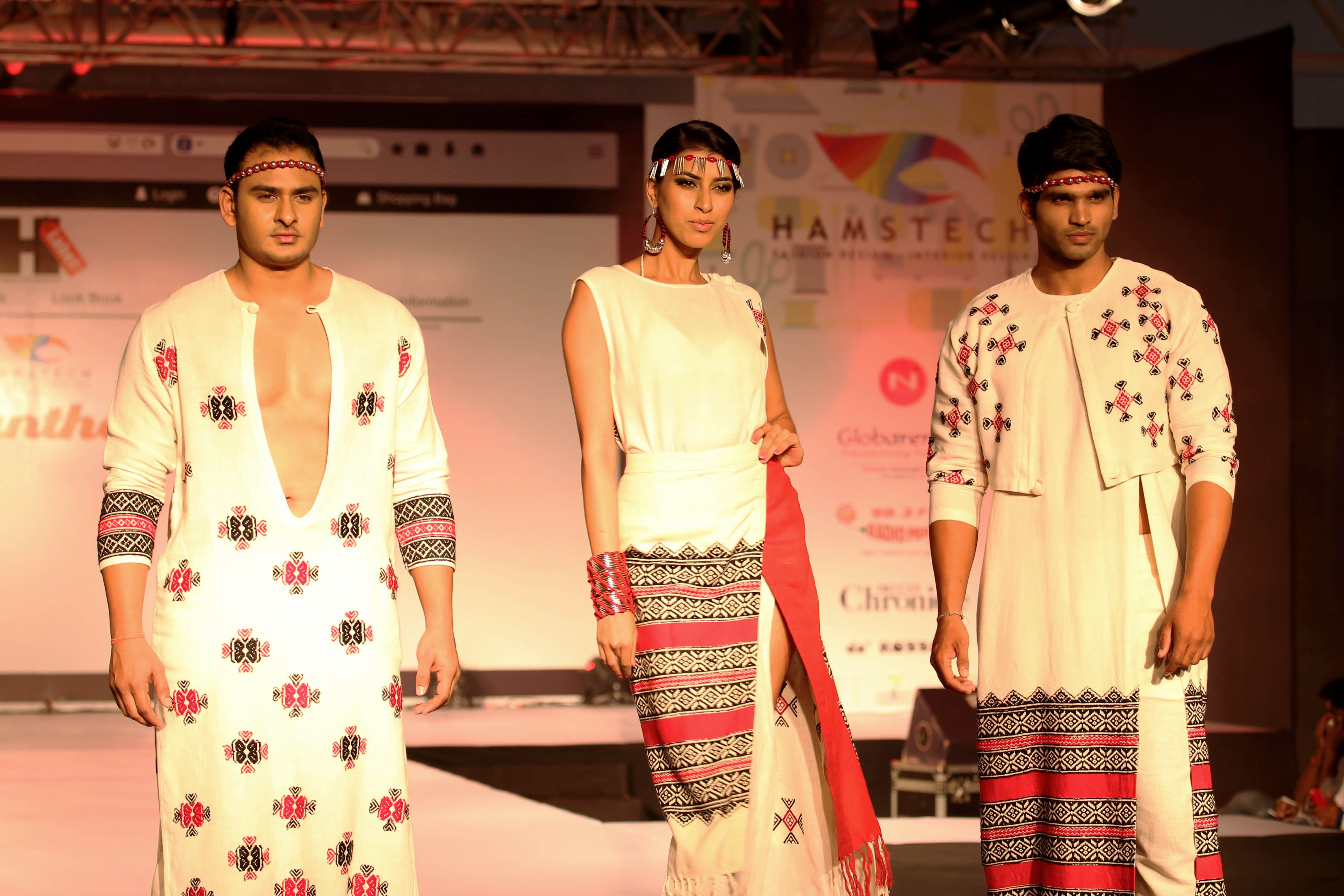Calantha Fashion Show 2014 Tribal Twist The Floral Embroidery Of The Todu Tribe Of Tamilnadu Creates Magic In This Colle Fashion College Design Cool Style