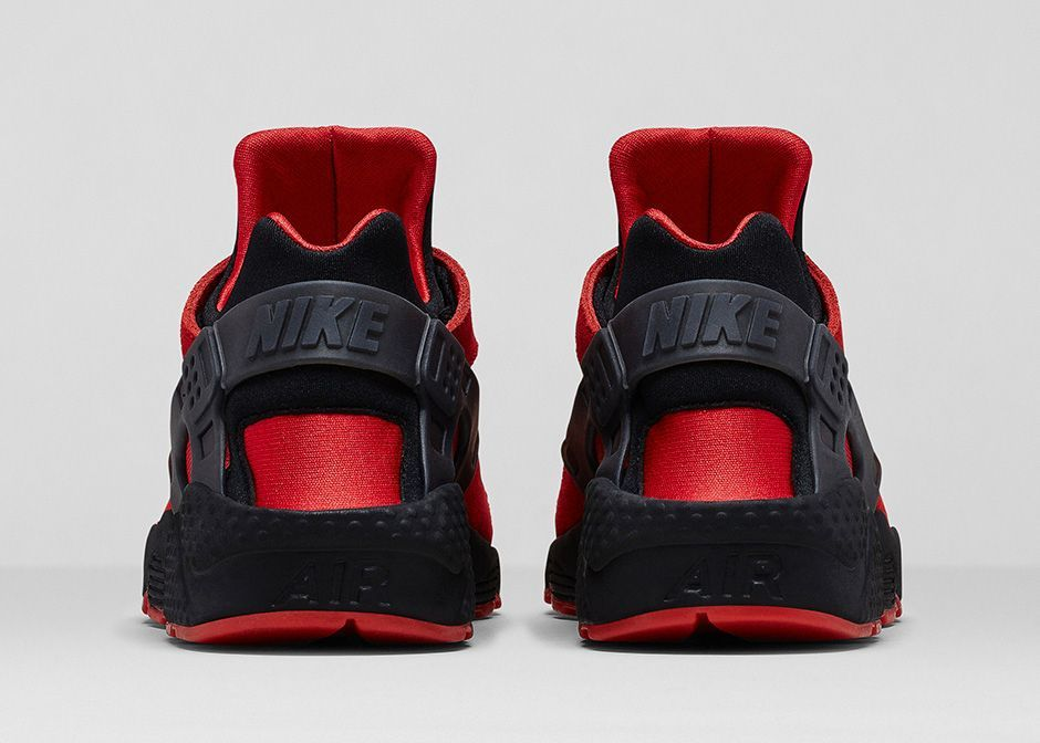 sale retailer 5c180 d84a4  NIKE SPORTSWEAR AIR HUARACHE COLLECTION  Nike Air Huarache 700878-600  University Red Black  110   Huarache Run Red  Heel