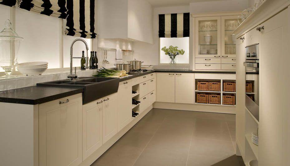 PLANA Landhaus-Küche Ideen küche Pinterest Best Kitchens and - küche landhaus modern