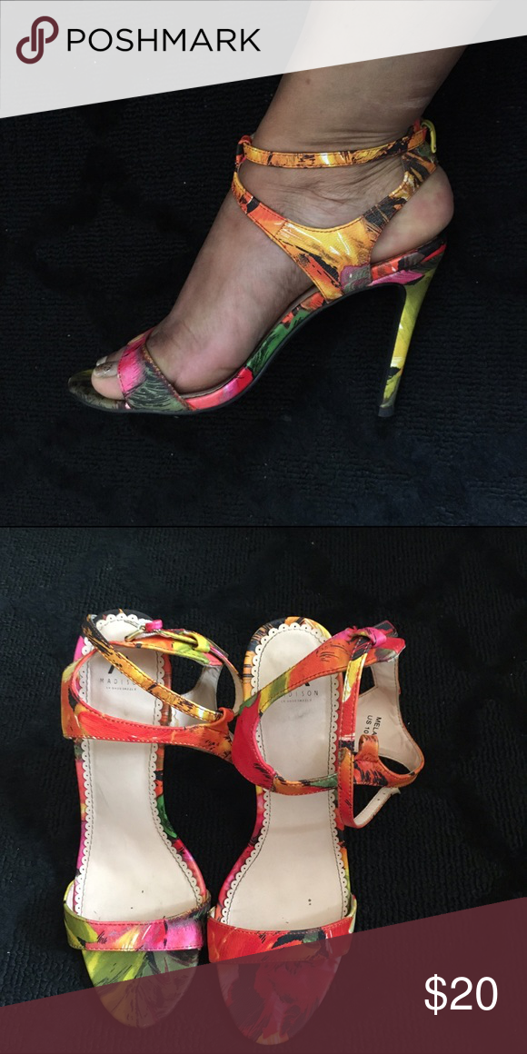 """Tropical Print Summer Heels Tropical Print Heels perfect for the summer. Worn 3x. Great condition. Heels 4 1/2"""" Shoes"""