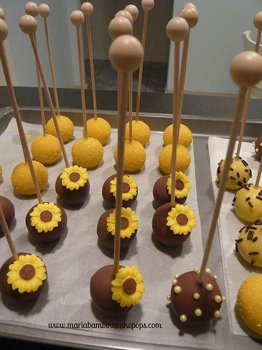 Pin By Ruthie Kalbfleisch On Wedding Cake Pops Wedding Cake Pops Cake Pop Designs