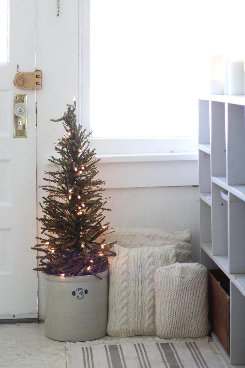 47 Totally Inspiring Farmhouse Christmas Decoration Ideas to Makes ...