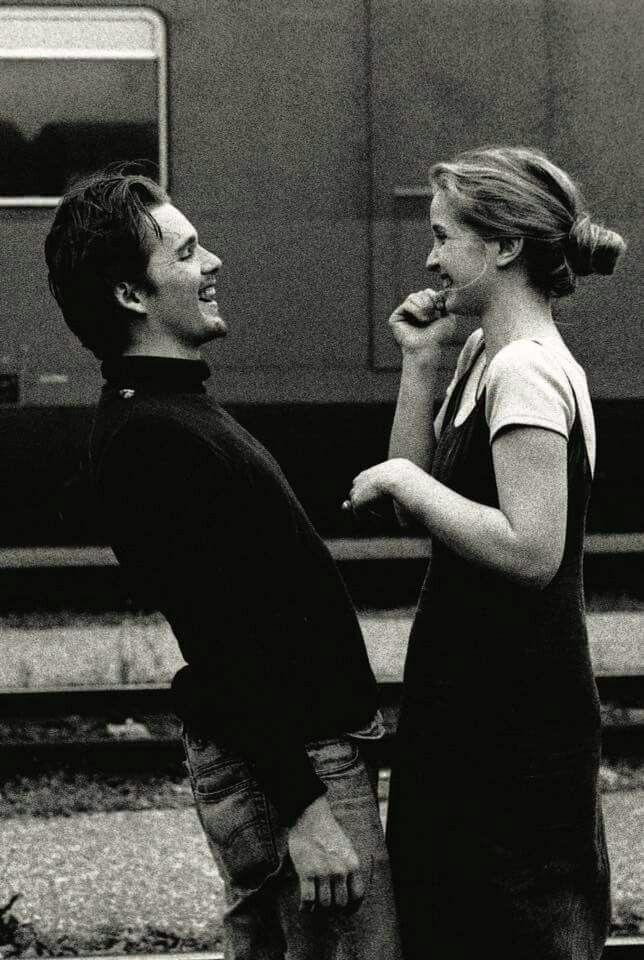 Ethan Hawke & Julie Delpy in Before Sunrise (1995)
