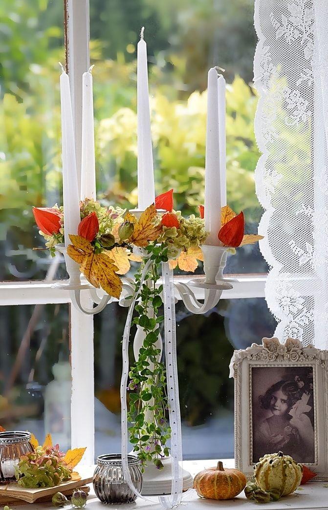 herbstdeko aus naturmaterialien stimmungsvolle dekorationen zaubern drinnen. Black Bedroom Furniture Sets. Home Design Ideas