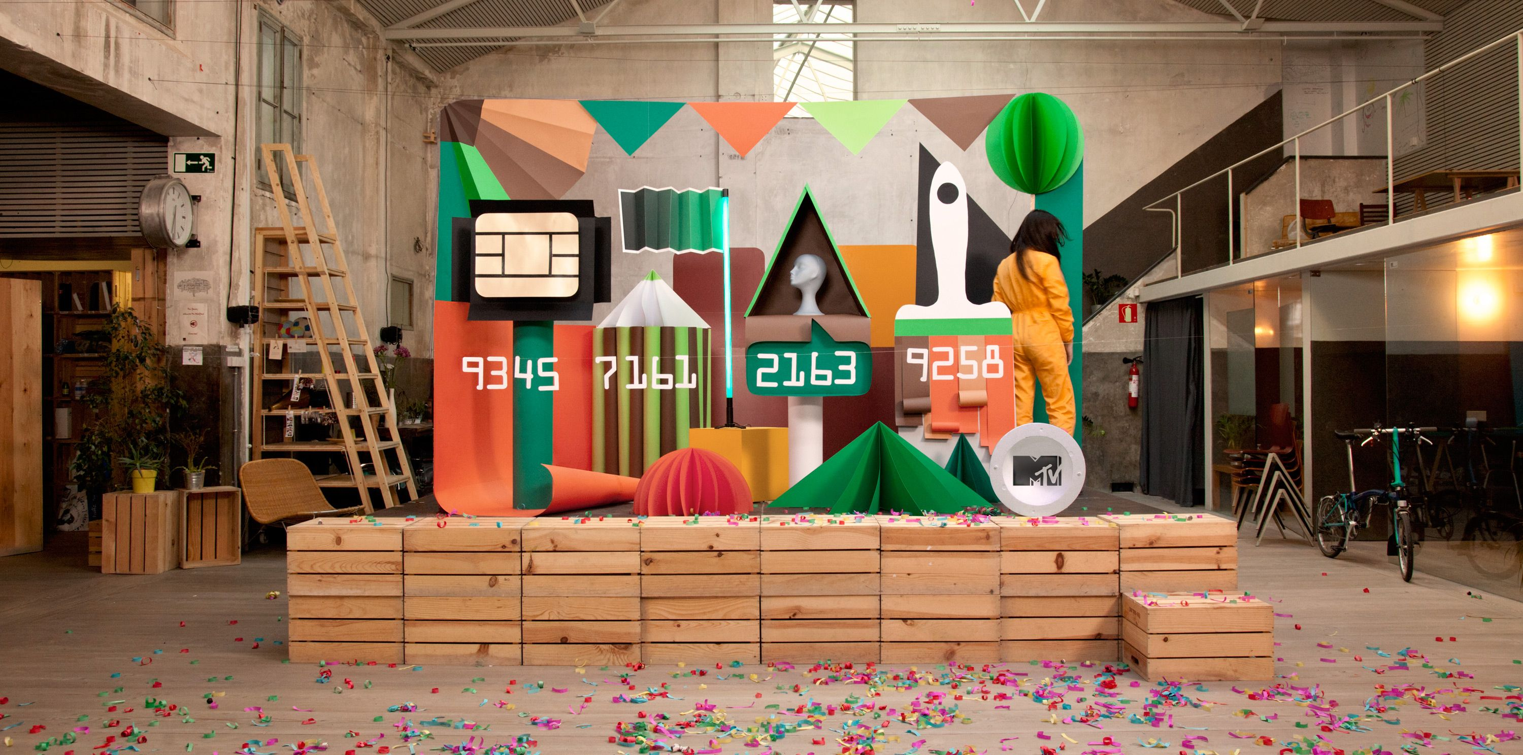 MTV wanted to create a real giant cardboard still life for a TV commercial to promote the contest for design students organized by MTV and the Spanish bank Bankia to design a credit card. The winners had a free design course in Istituto Europeo di Design in Madrid. The main challenge was to build the set and shoot in just one day.