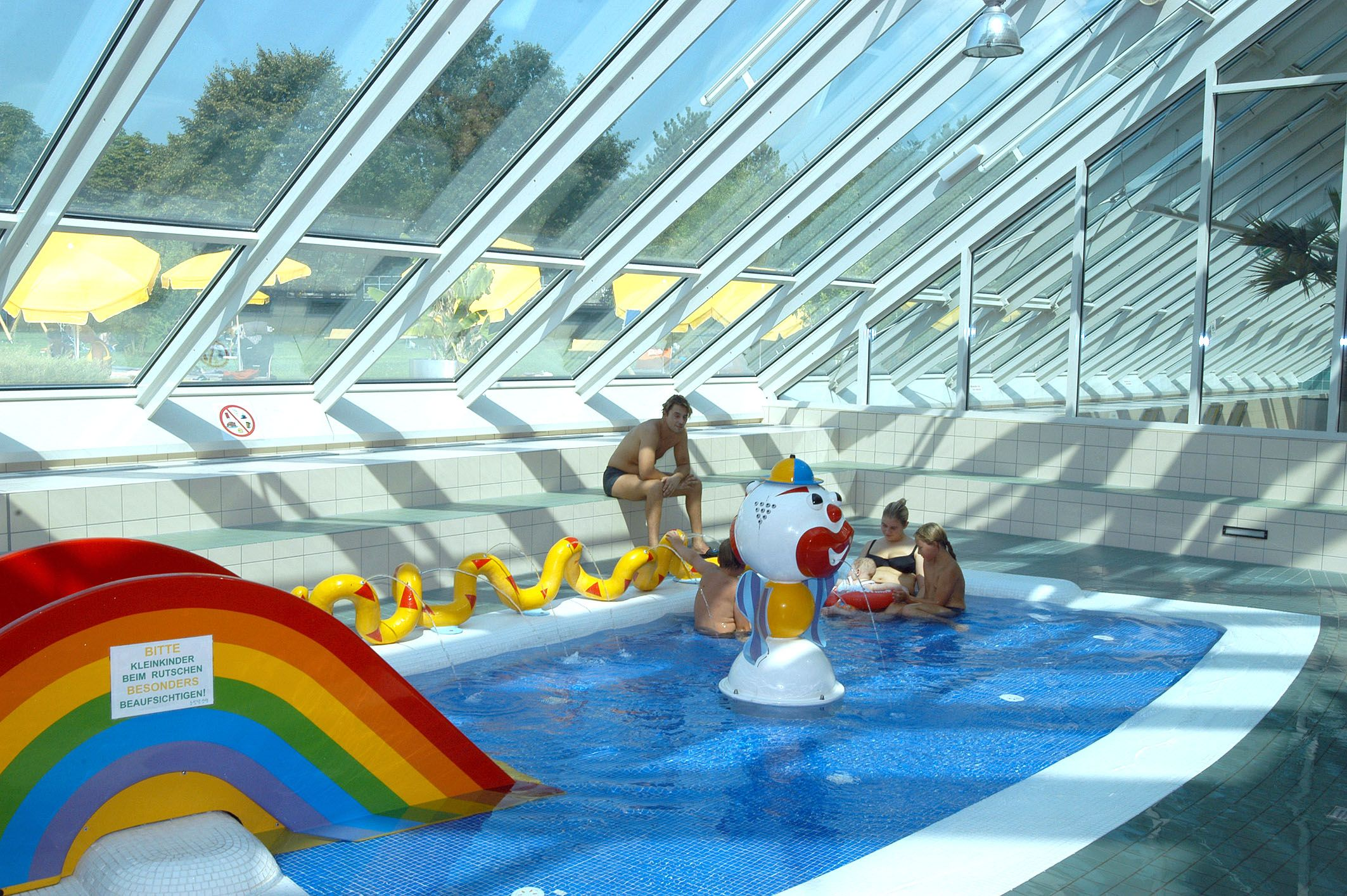 indoor acrylic swimming pool indoor pool designs for - Cool Indoor Swimming Pools