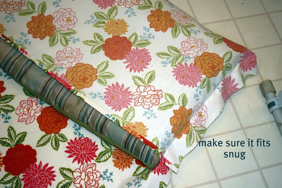 Two Smart Girls: How To Recover A Patio Cushion