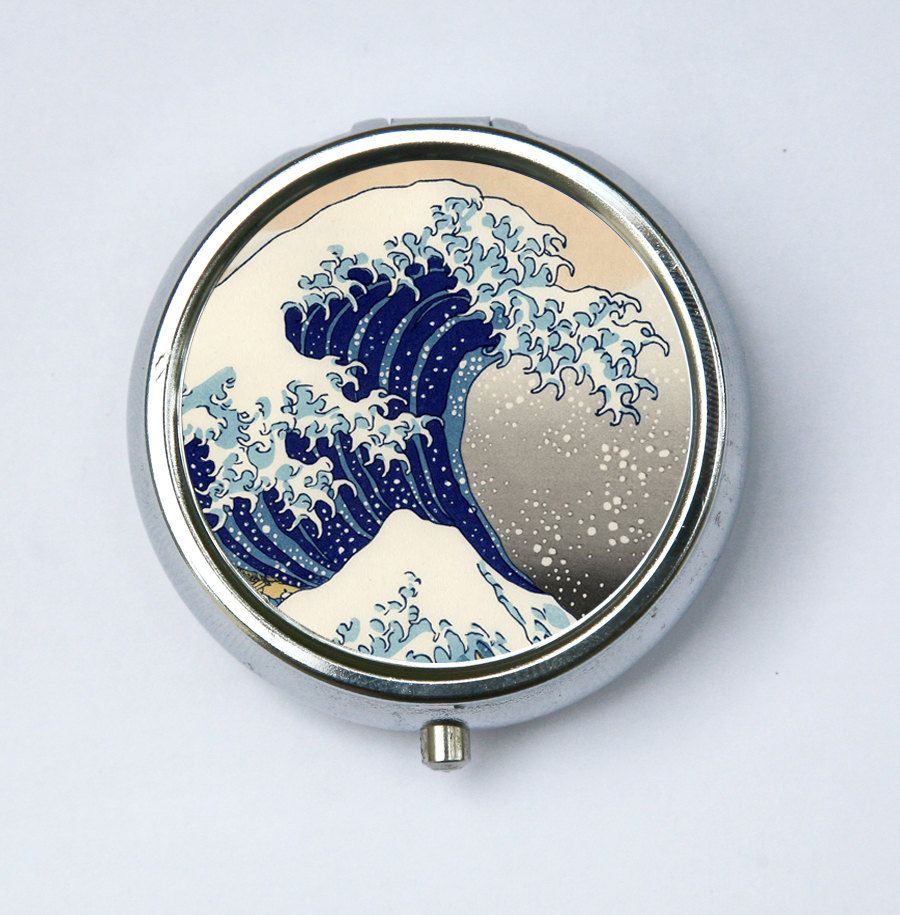great wave off kanagawa japanese tattoo woodblock pill case pillbox holder japanese tattoos. Black Bedroom Furniture Sets. Home Design Ideas