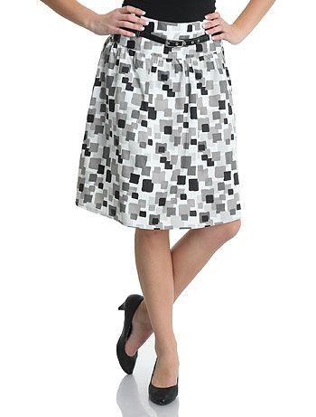 Faldas lisas VS faldas estampadas - Mujeres - Blog de belleza y moda para  mujeres 994b084696e4