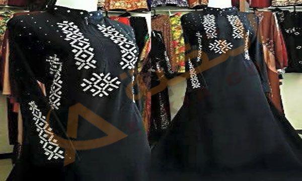 تفسير حلم العباءة أو العباية في المنام وهي عبارة عن قطعة من القماش في الأغلب تكون سوداء اللون وهي تتم ارتدائها المرأة المسلمة ف Women S Top Fashion Kimono Top