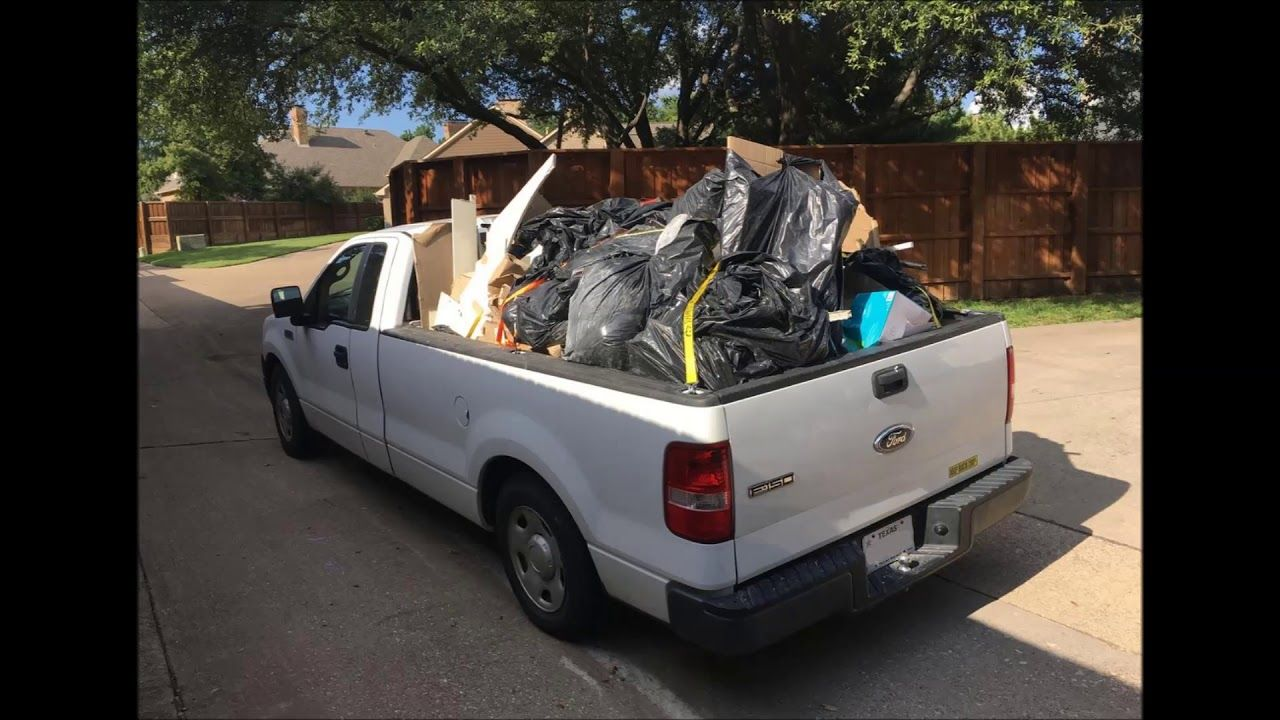 Junk Removal In Omaha Ne Hauling Trash Debris Furniture Appliance Junk Removal Junk Hauling Furniture Removal