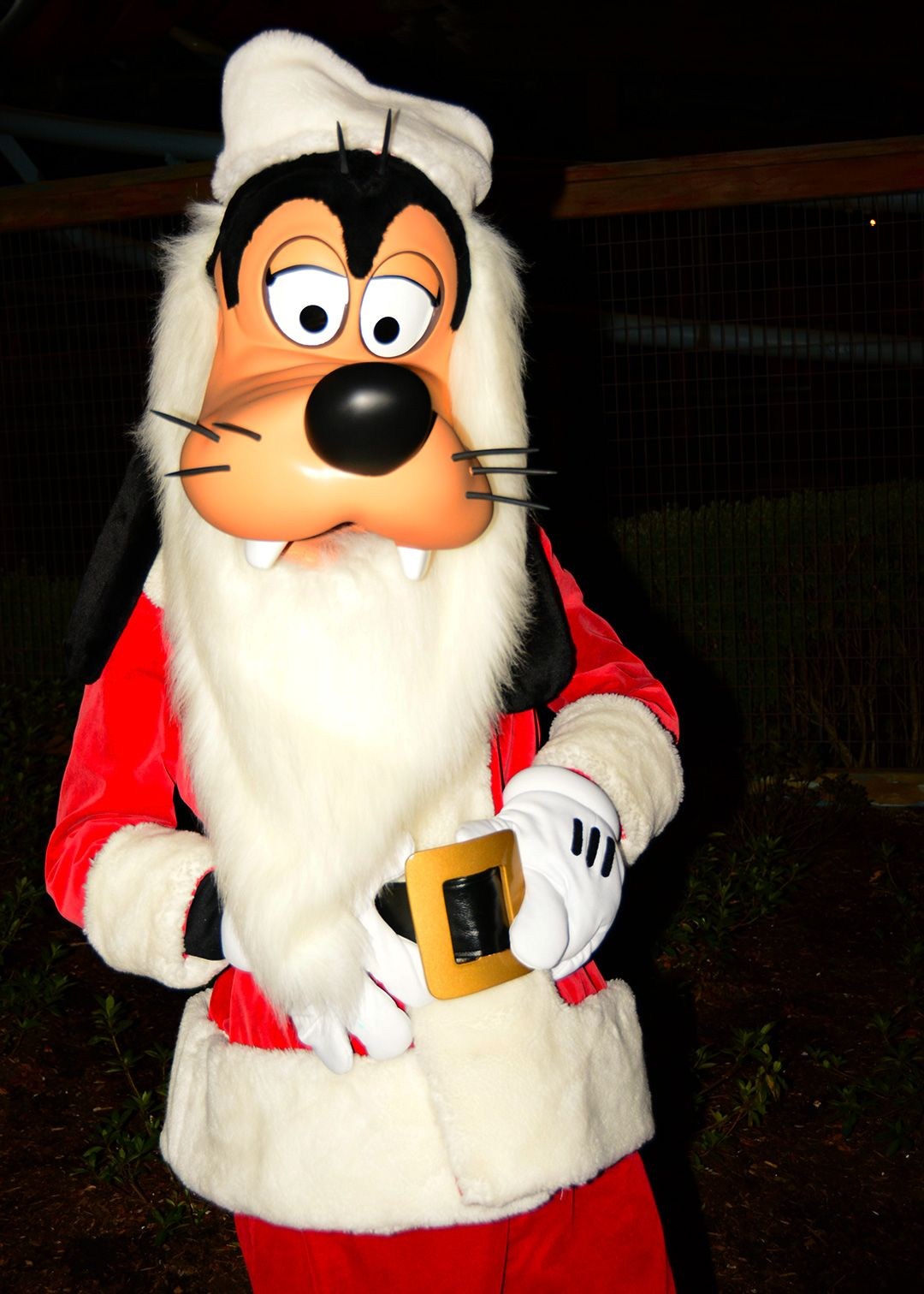 Mickey S Very Merry Christmas Party Review Kennythepirate Com Mickey S Very Merry Christmas Disney Very Merry Christmas Very Merry Christmas Party