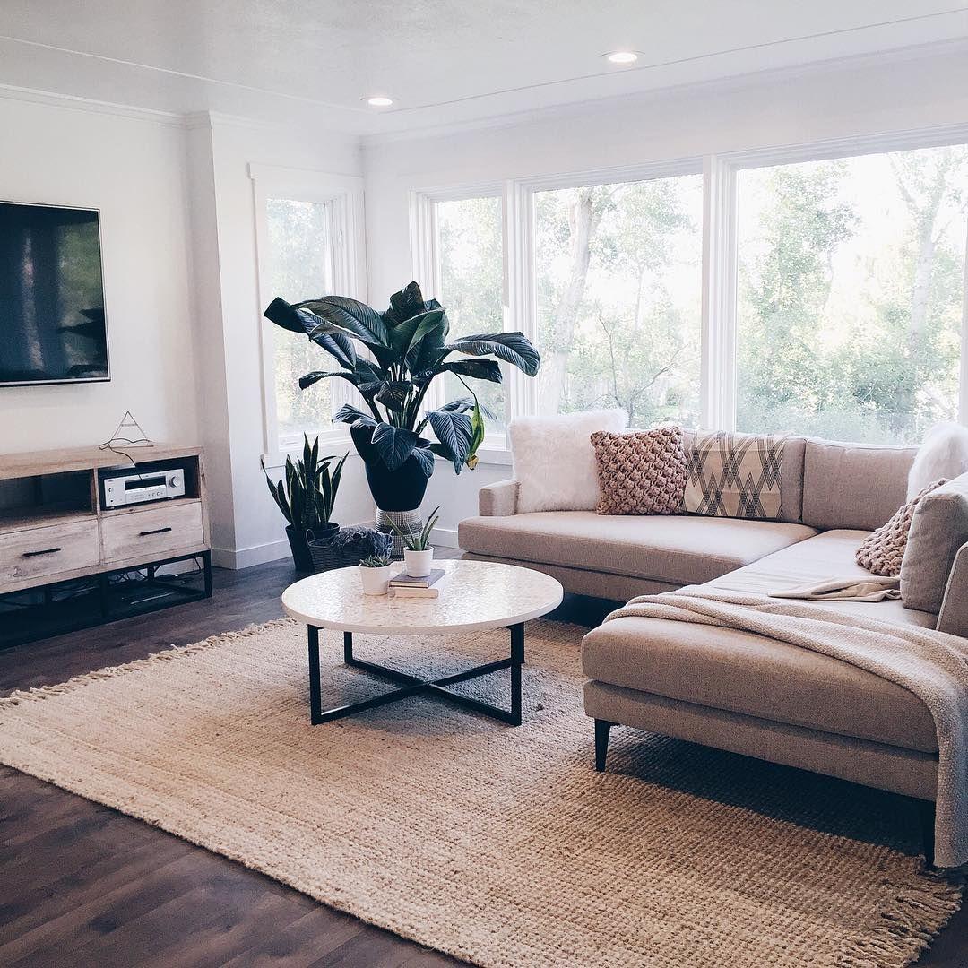12 Lovely White Living Room Furniture Ideas: Modern Apartment Decor