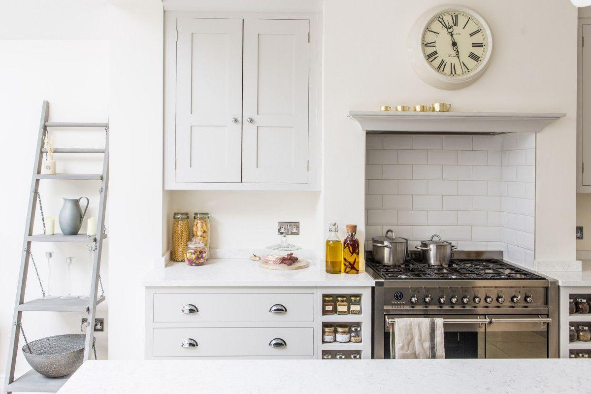Best Oak Shaker Style Cabinetry Painted In Farrow Ball 400 x 300