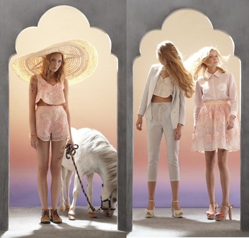 I've been obsessed with EVERYTHING in the Sretsis 2011 Spring/Summer line.