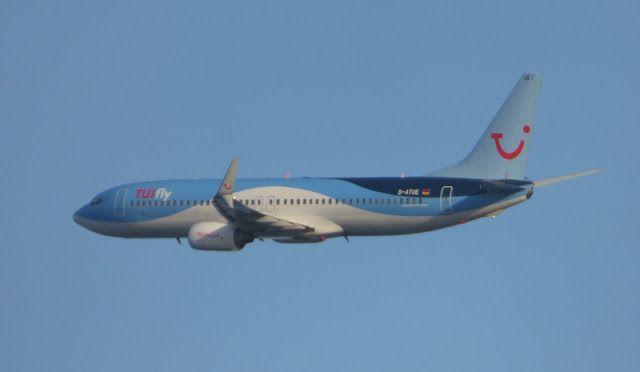 Canary Islands Spotting....Spotter: D-ATUE TUIfly Boeing 737-8K5 Fuerteventura Spottin...