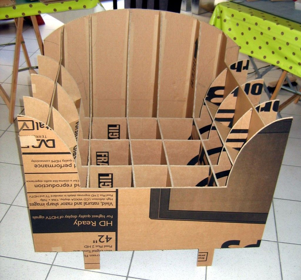 face fauteuil brut meubles en carton pinterest. Black Bedroom Furniture Sets. Home Design Ideas