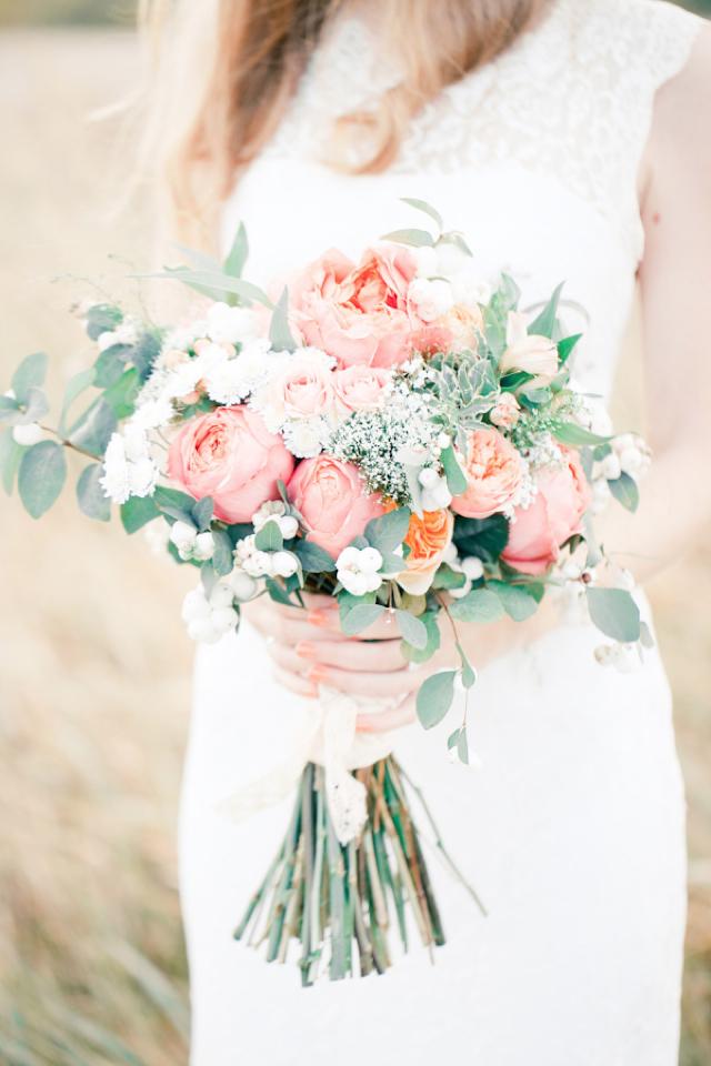 wind in her hair: breathtaking bridals #flowerbouquetwedding
