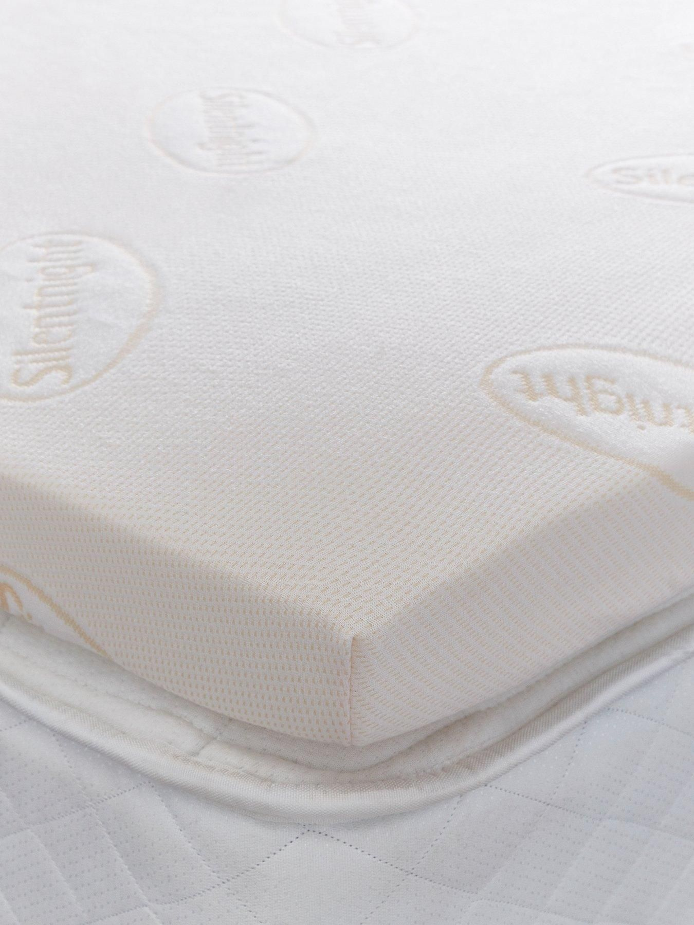 Silentnight Luxury Impress 7cm Memory Foam Mattress Topper One