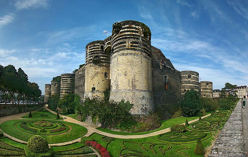 Angers, an enormous castle of black stone