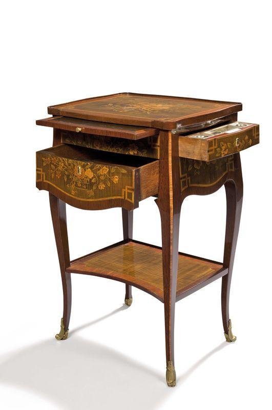 Belle Table De Salon, à écrire, à Toutes Faces, En Placage