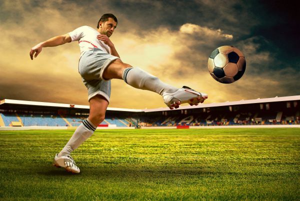 5 Tips To Get The Best Sport Shots Soccer Photography Soccer Poses Sports Photography