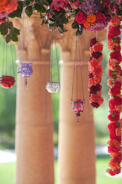 Tabletops: Romantic Nirvana - Exquisite Weddings