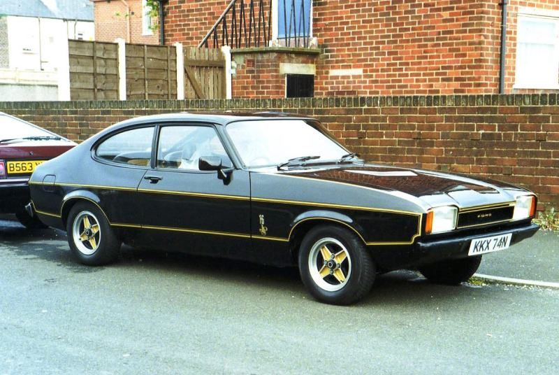 519cf52b5 Ford Capri mk II JPS. My Capri looked just like this one but was an ...