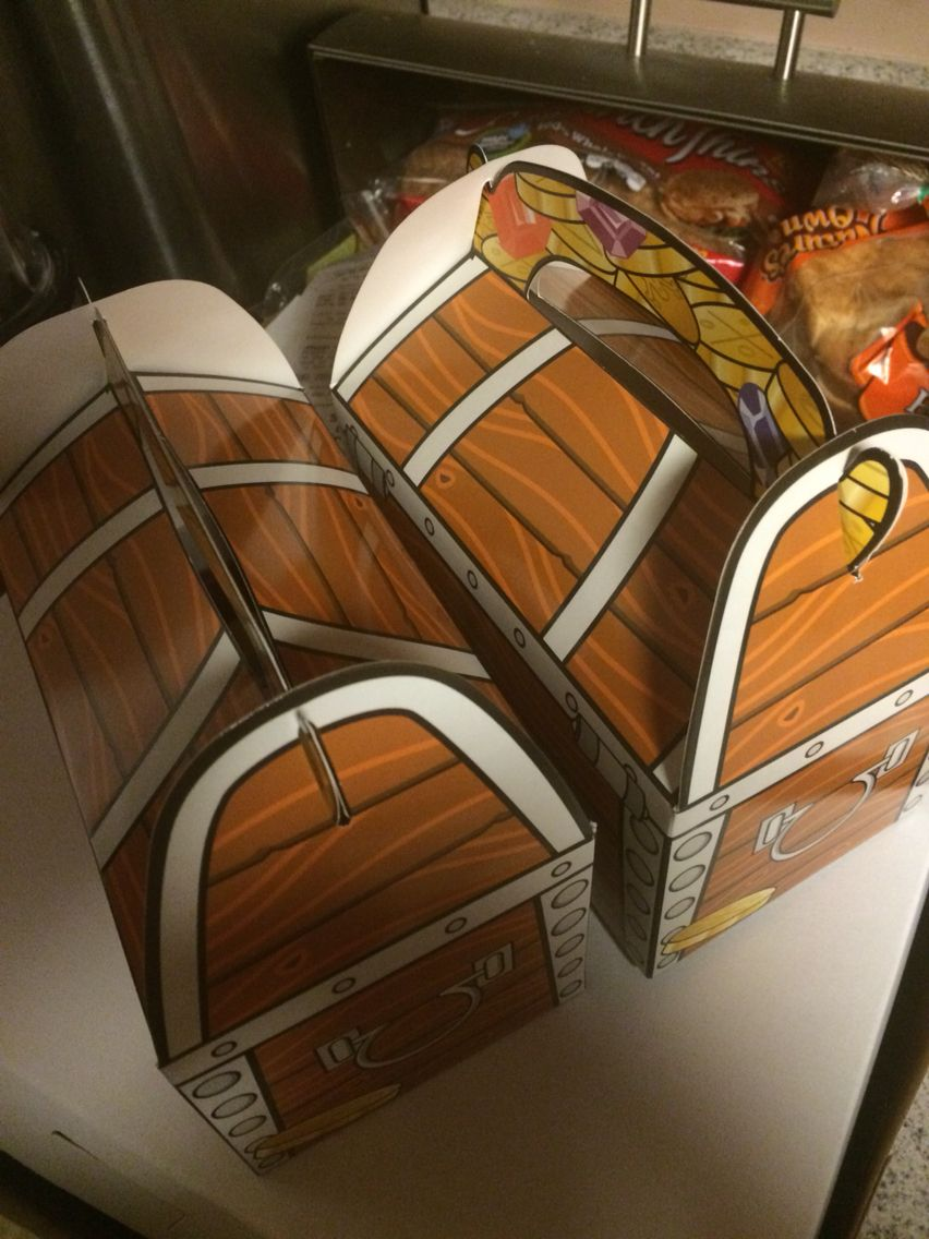 Treasure chest treat boxes for Minecraft birthday party