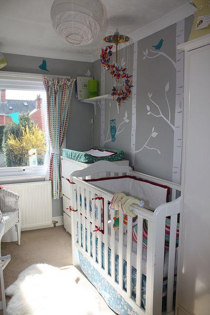 pretty small nursery | HABITACIONES | Pinterest | Dormitorios grises ...