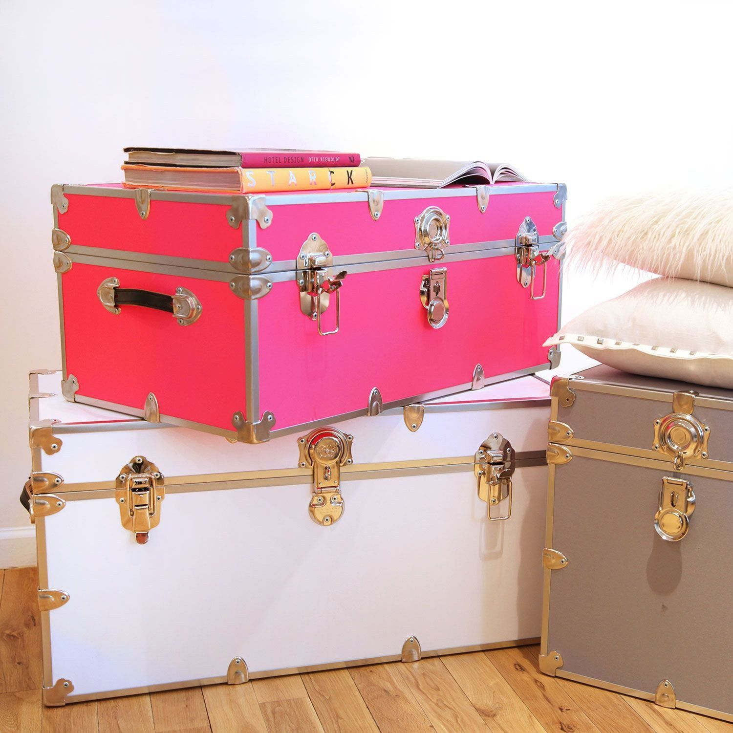 Storage Trunks For College Delectable Xxl Trunk  White  Storage Trunk Hardware And Organizing Decorating Design