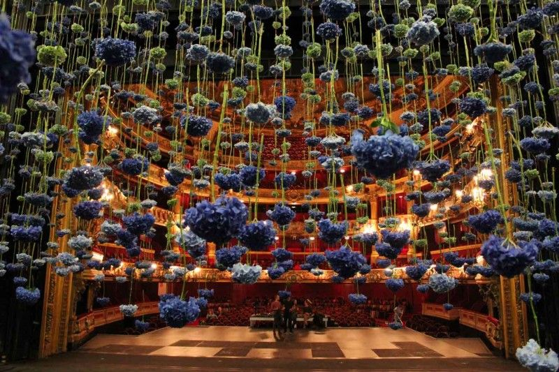 Suspended Floral Installations by Rebecca Louise Law